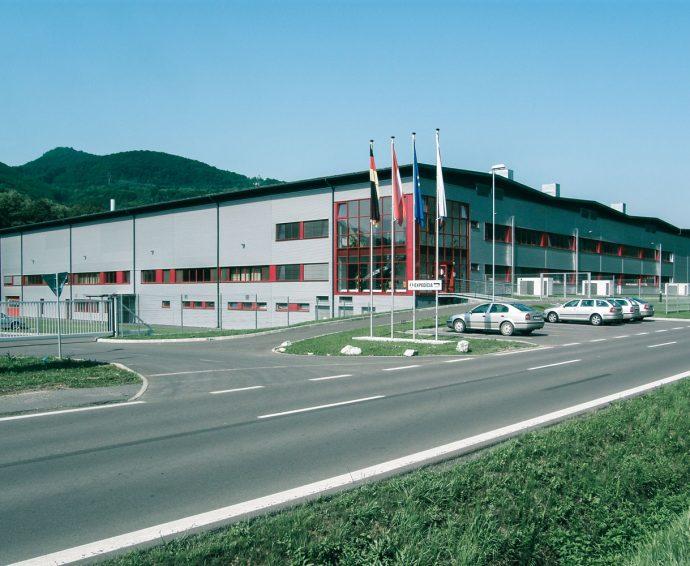 Auf diesem Bild befindet sich die Produktionsstätten Tubex Slovakia.